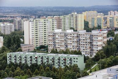 Podle červnového rozhodnutí zastupitelů město dokončí privatizaci 445 bytů. - Ilustrační foto