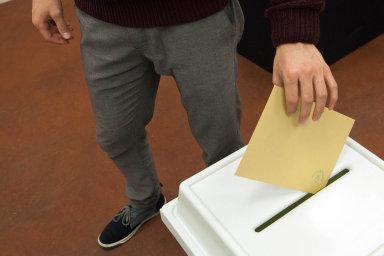 ANO v současnosti přitahuje značnou část voličů, kteří v posledních sněmovních volbách k urnám vůbec nepřišli.