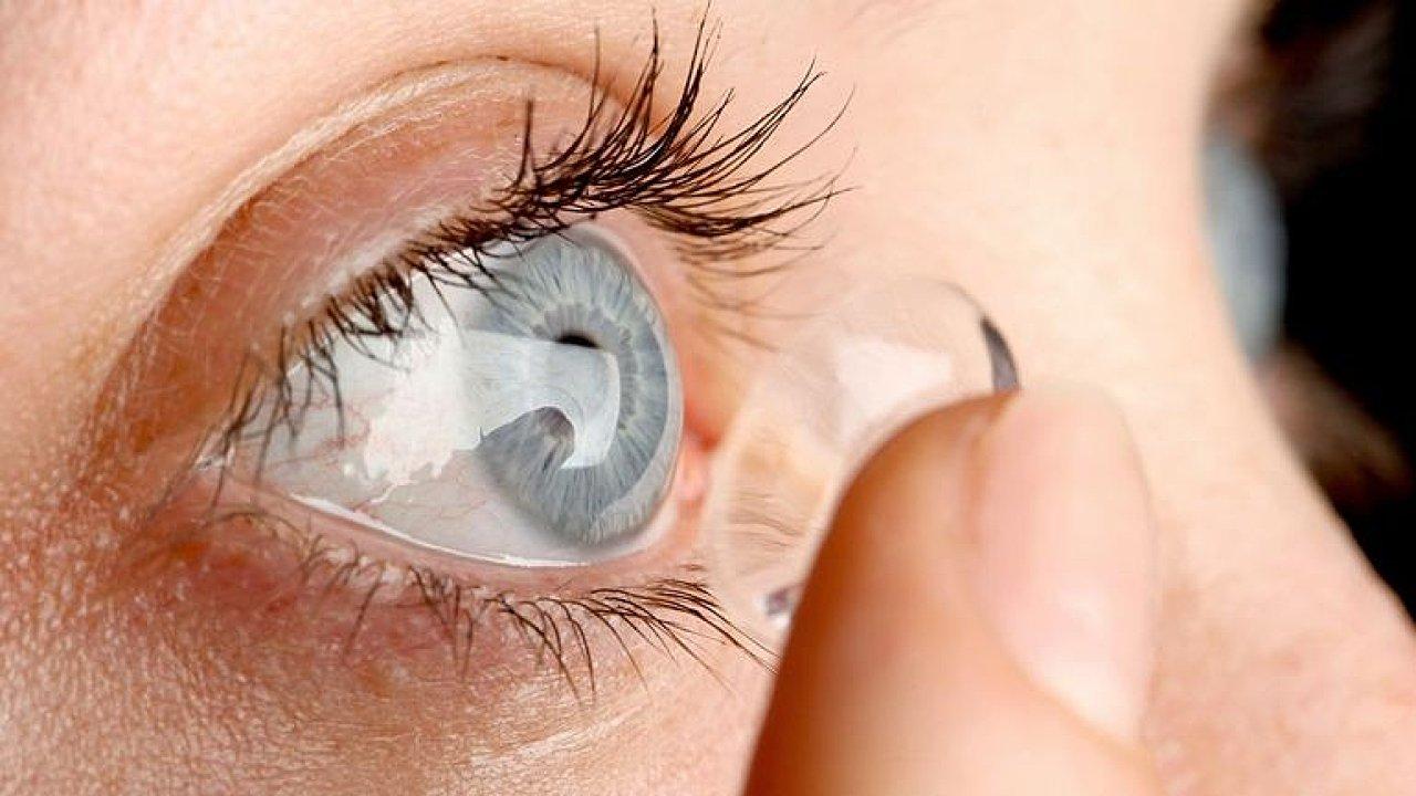Máme oční svaly přetížené, dívejte se uvolněně, zlepší se vám zrak, tvrdí Pozlovská