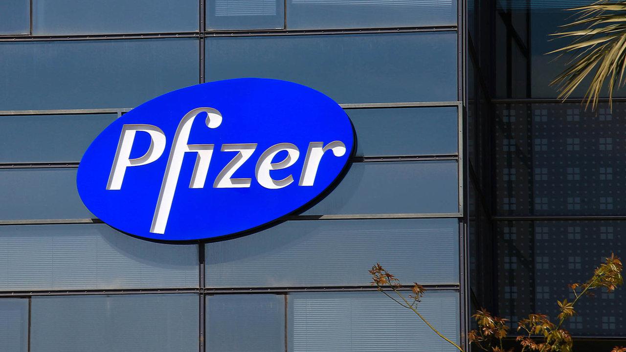 Letos vdubnu padl plán neobvyklého spojení, kdy farmaceutická firma Allergan se sídlem vDublinu chtěla převzít americký Pfizer s přibližně trojnásobným obratem.