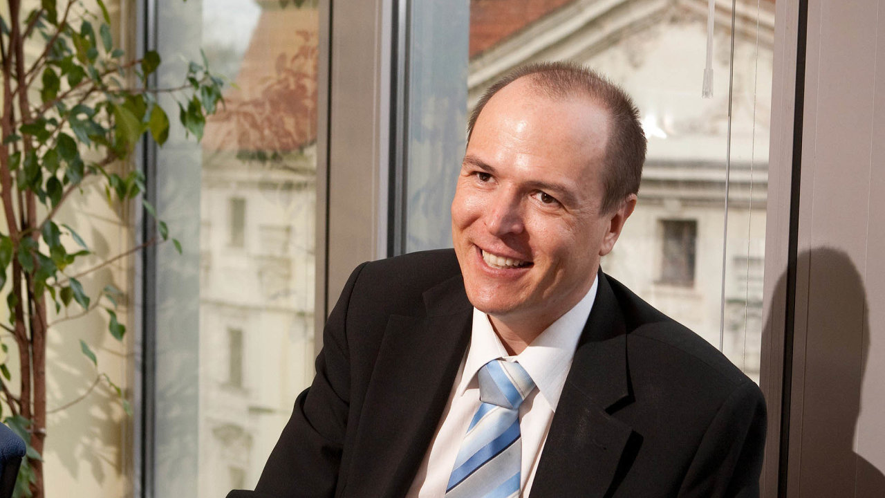 Podle partnera advokátní kanceláře Daniela Weinholda zatím žádná nabídka kjednání omožné mimosoudní dohodě nepřišla.