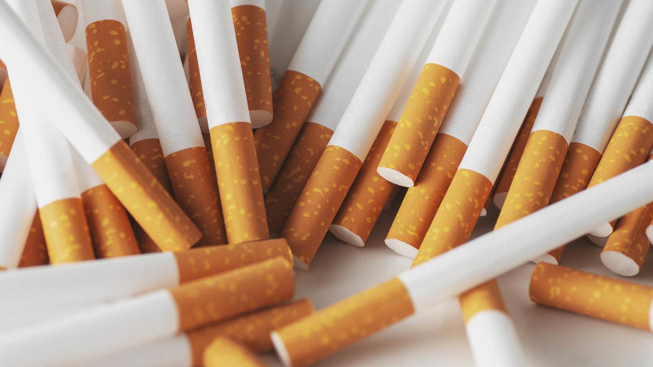 Vedle prudkého zdražení dopadne na cigaretový trh v příštím roce i zákaz mentolových příchutí, které jsou v Česku relativně oblíbené.