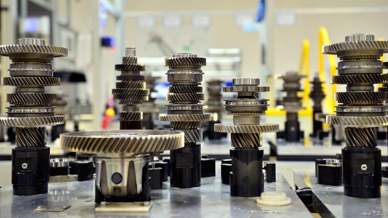 Vrchlabí je spolu sMladou Boleslaví aKvasinami jedním ze třech výrobních závodů automobilky Škoda Auto. Denně se tu vyrobí asi 2200 převodovek. Od roku 2012 šéfuje závodu Ivan Slimák.