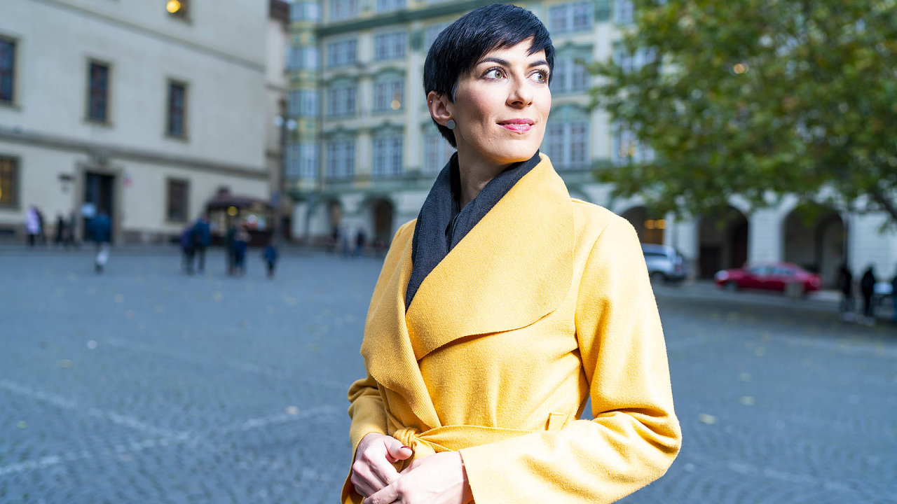 Ještě v půlce roku Markéta Pekarová Adamová kandidaturu na šéfku TOP 09 odmítala, v létě ji ale přesvědčily rozhovory se členy strany. Apodpořil ji taky manžel.