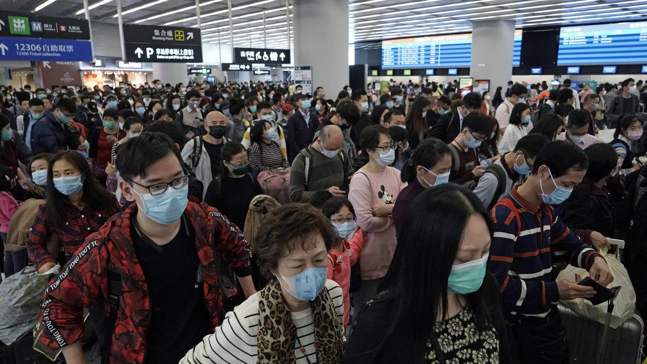 Velkoměsto Wu-chan, které je epicentrem nákazy, se ve čtvrtek z rozhodnutí čínské vlády ocitlo de facto v karanténě.