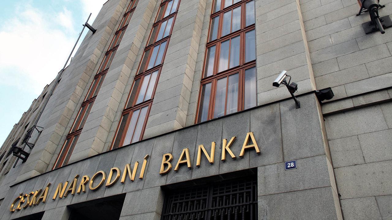 Měla by Česká národní banka získat další pravomoc?