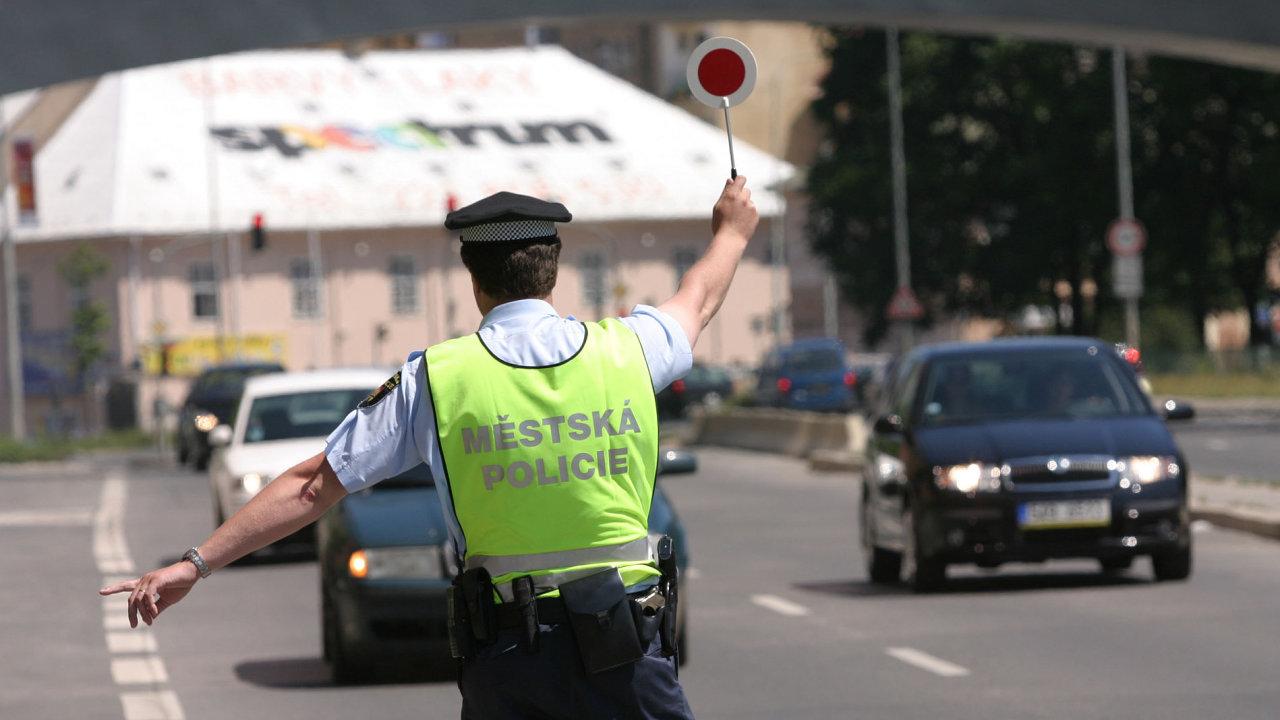 Policejní kontrola. Illustrační foto.