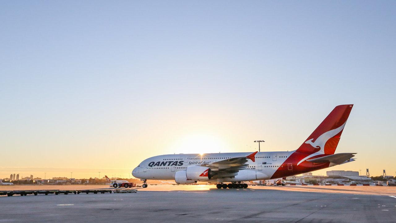 Qantas své mezinárodní lety zatím neobnovují.
