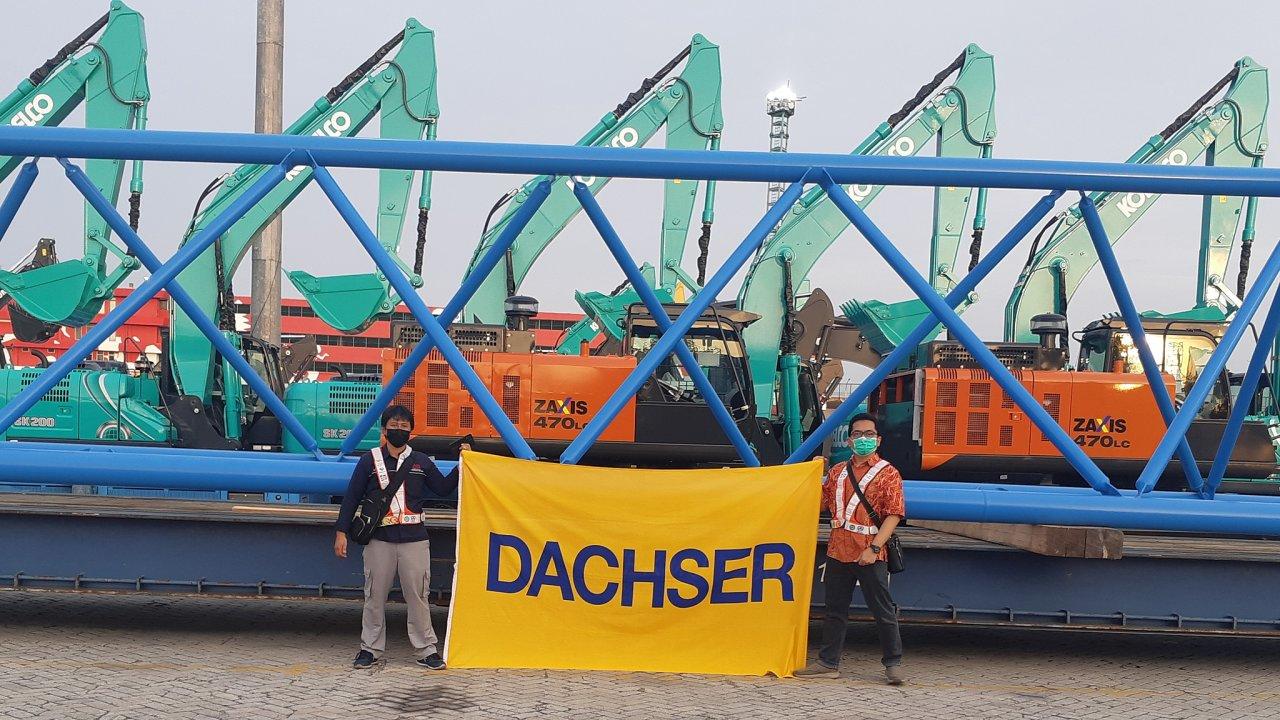 Dachser Indonesia zde zorganizovala bezproblémovou vykládku a další přepravu speciálním vozidlem do konečného cíle.