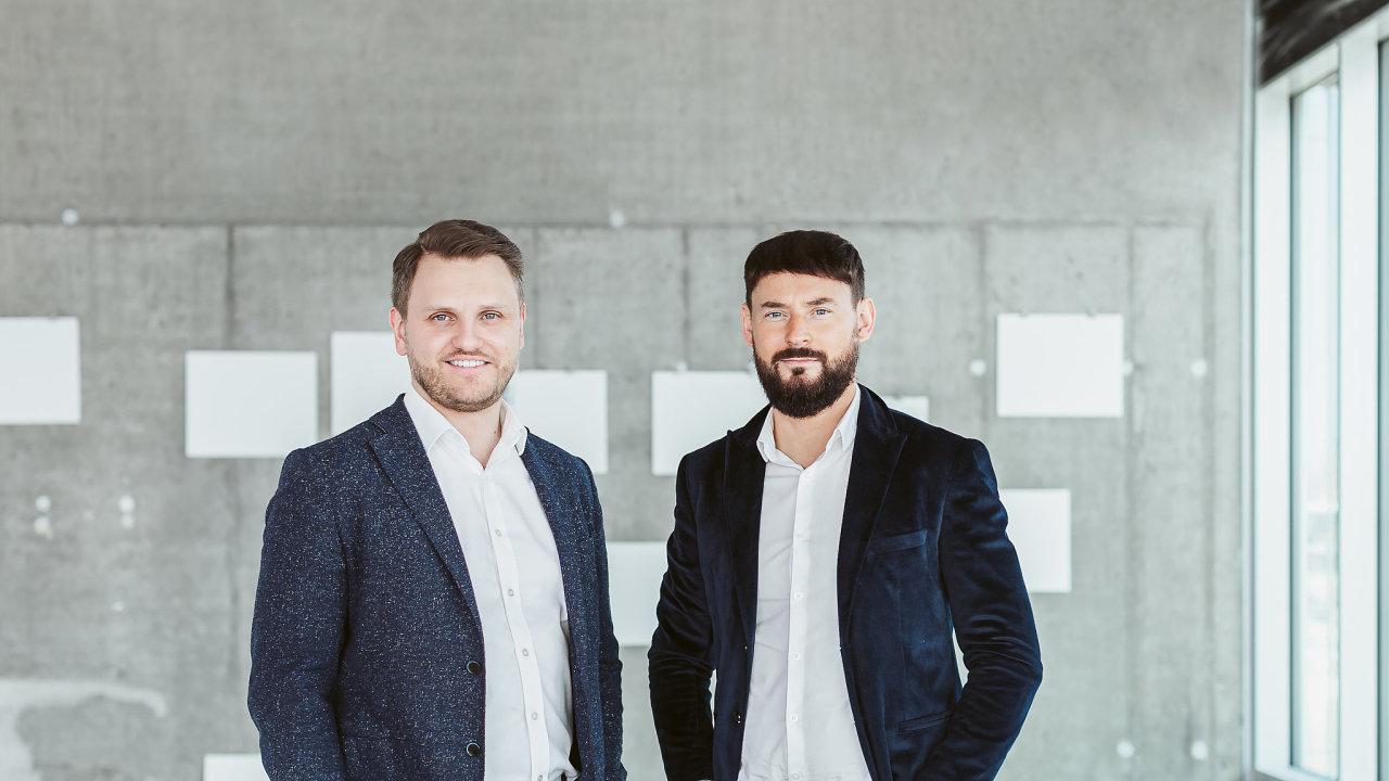 Lukáš Uhlík (vlevo) a Michal Šindler ze společnosti Gain Financial Group.