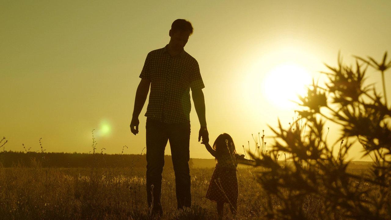 dítě rodič, pěstoun, pěstounství