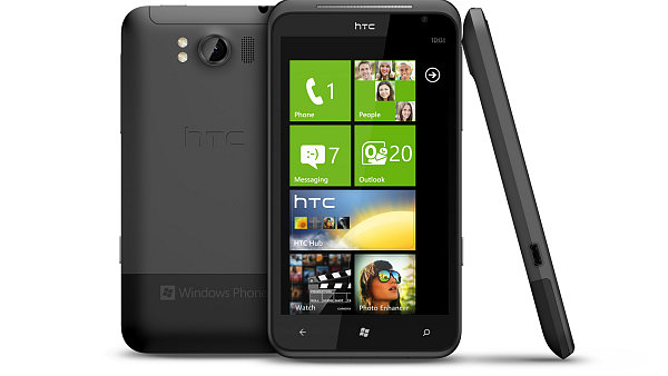 Telefon HTC Titan