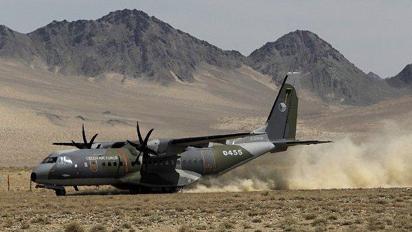 Pilot Daňhel označil u soudu výběr letounů CASA za nevýhodný