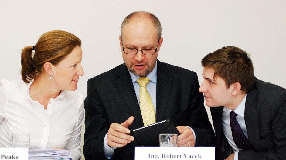 Karolína Peake, Robert Vacek a Pavel Kotrba.