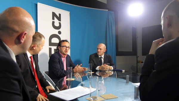 """Diskuse HN a spole�nosti Deloitte Academy - """"Jak se ��d� inovace ve spole�nostech"""""""