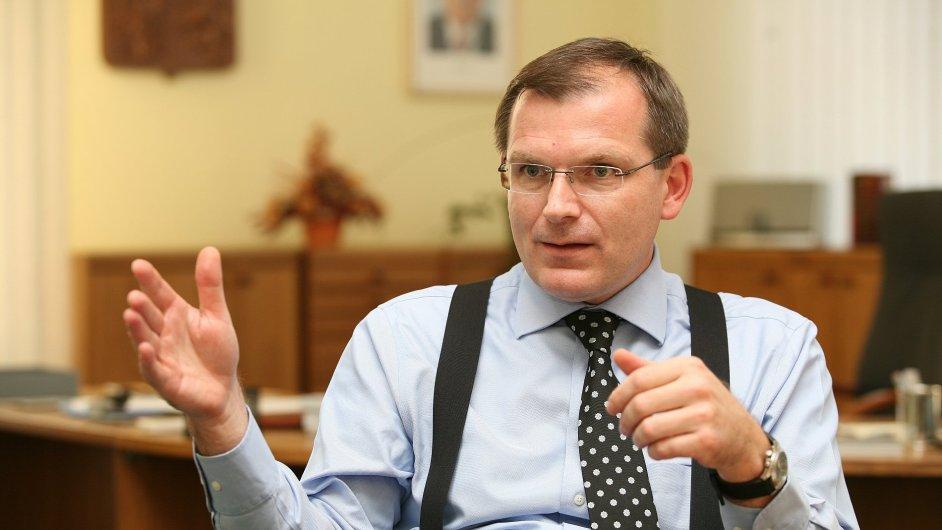 Zástupcem Česka u NATO bude Jiří Šedivý.