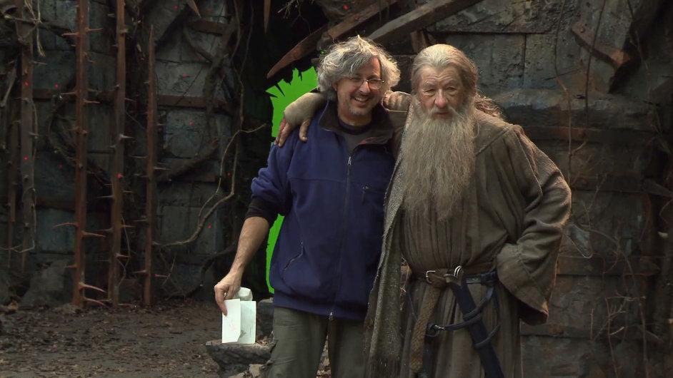 Andrew Lesnie s Ianem McKellenem v roli čaroděje Gandalfa.