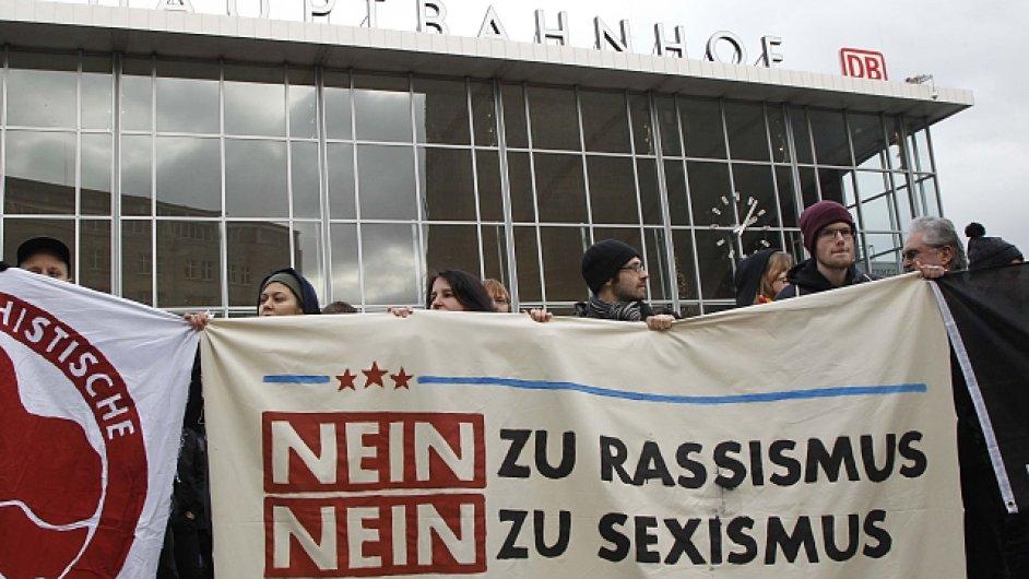 Německo, Kolín, rasismus, sexismus, útok, ženy, uprchlíci
