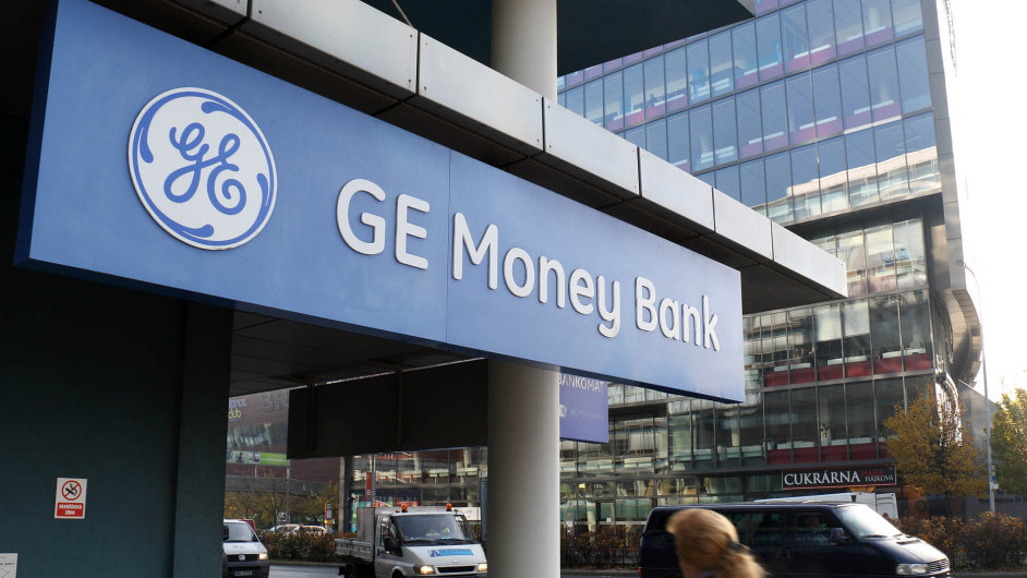 GE Money Bank se přejmenovala na Moneta Money Bank.