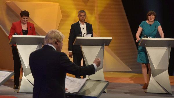 Khan a Johnson debatovali na BBC.