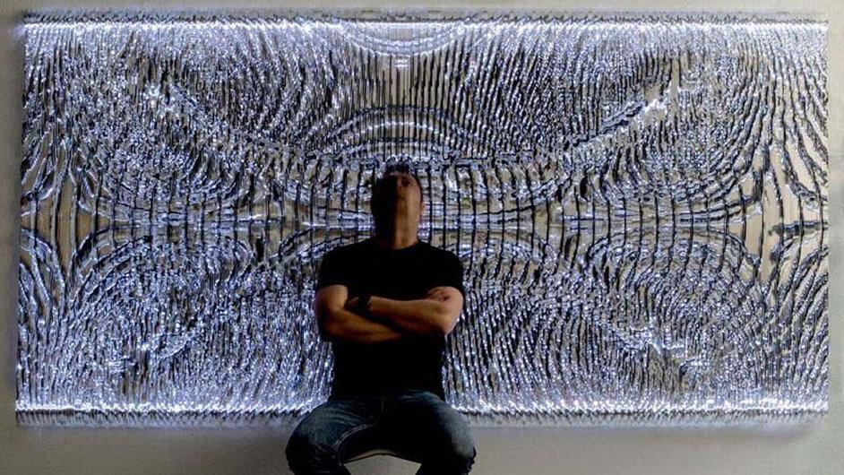 Podle galeristky Olgy Trčkové je Ašot Haas (na snímku) součástí postinternetové generace tvůrců a umělců, kteří vyrůstali on-line.