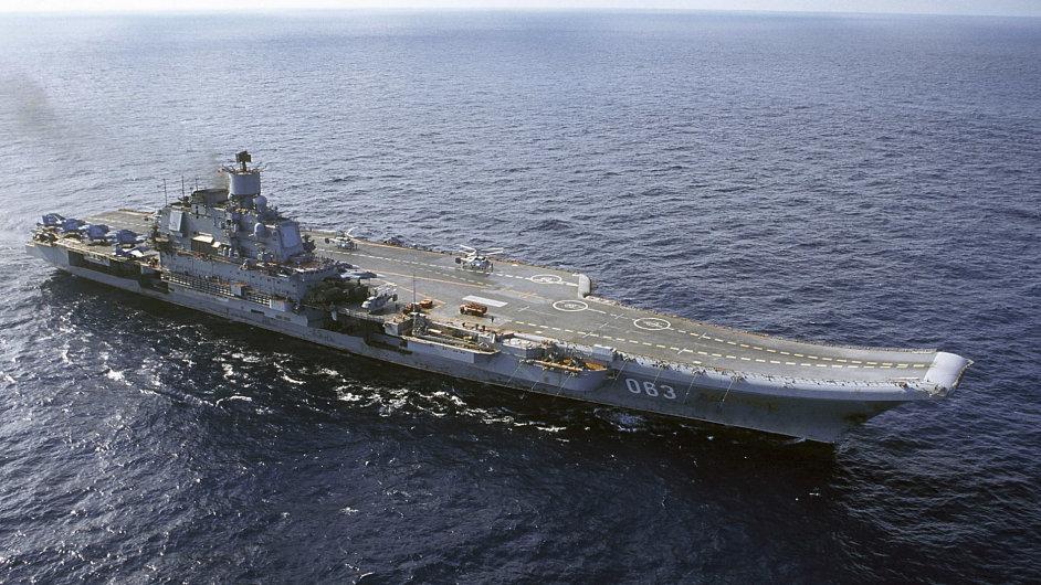 Ruská letadlová loď Admirál Kuzněcov.