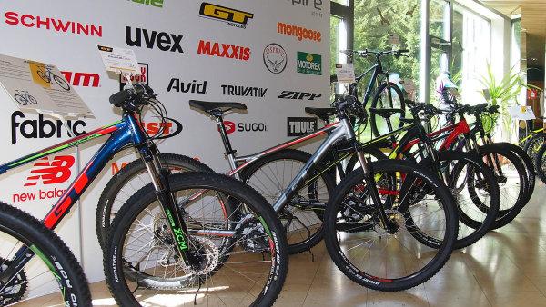 Brněnská společnost Aspire Sports patří k předním distributorům sportovního vybavení nejenom v České republice. Přes 1500 zákazníků totiž nalezla také na slovenském, polském a maďarském trhu.