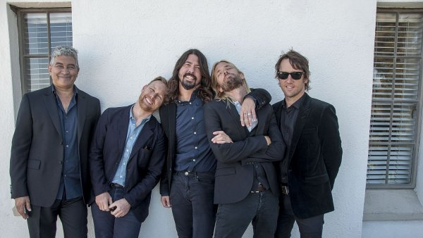 Naposledy vystupovali Foo Fighters v Praze v srpnu 2012, kdy přijeli s deskou Wasting Light.