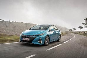 Prius do zásuvky: na pomezí hybridu a elektromobilu
