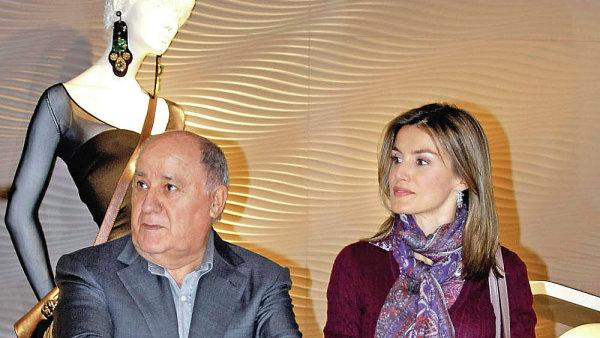 Amancio Ortega a Letizia Ortizová, španělská královna. S miliardářem Ortegou mají společné to, že ani jeden nepochází z urozeného rodu.