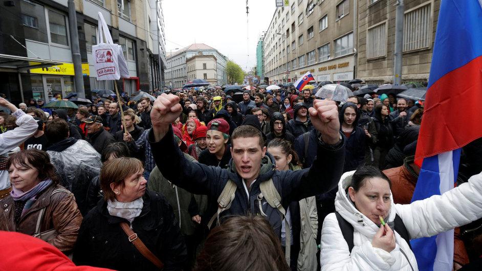Slovensko, demonstrace proti  korupci