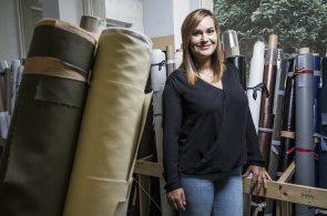 Na mateřské začala šít kabelky a vybudovala firmu Dara Bags s dvacetimilionovým obratem