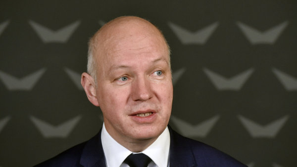 Pavel Fischer půjde do senátních voleb v Praze.