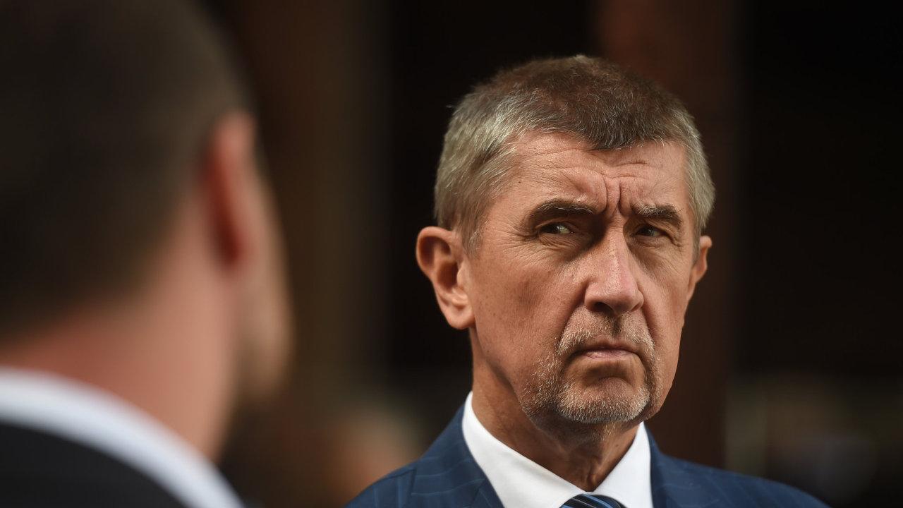 Premi_r v demisi Andrej Babi_ nav_t_vil 24. dubna 2018