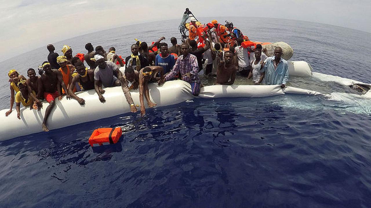 Babiš se bojí o voliče, posoudit žádost třiceti lidí o azyl přece není žádné ohrožení, říká Prouza