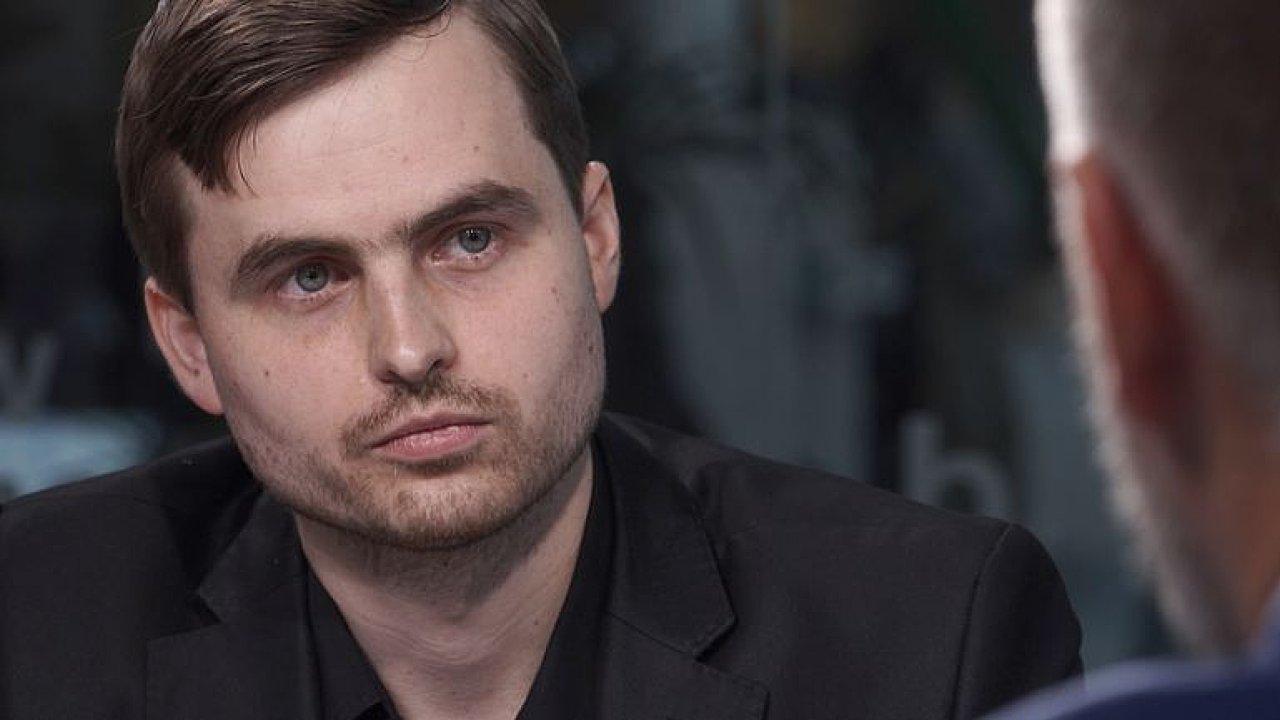 """""""Poker je jen moje hobby, hraju ho na vysoké úrovni,"""" říká Kabrhel, který si z prestižního turnaje v Rozvadově nedávno odnesl bezmála 70 milionů korun."""