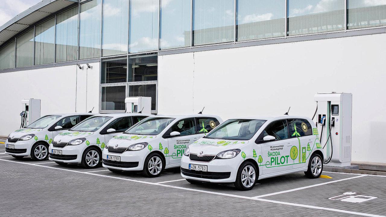 Před vstupem do éry elektromobility zkouší Škoda ve spolupráci s vybranými zákazníky testovací prototypy využívající současnou techniku použitou ve voze Volkswagen e-up! pod názvem Citigo e-pilot.