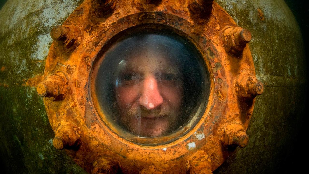 Projekt nazvaný Czech Aquanaut: One Week proběhl vlomu Slověnický mlýn. David Vondrášek a jeho studentVáclav Gabriel zde vytvořili nový český rekord v pobytu pod vodou.