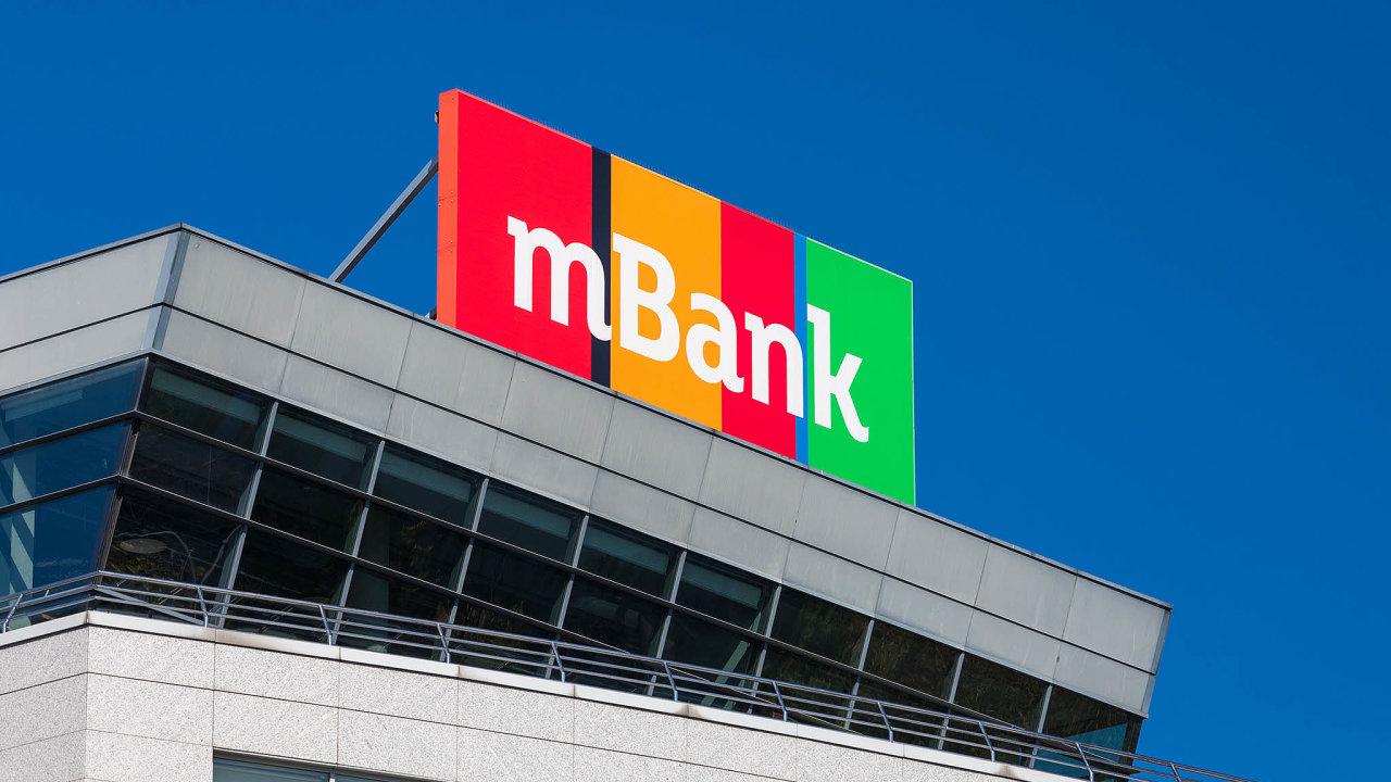 Čtyřka polského bankovního trhu mBank je na prodej.