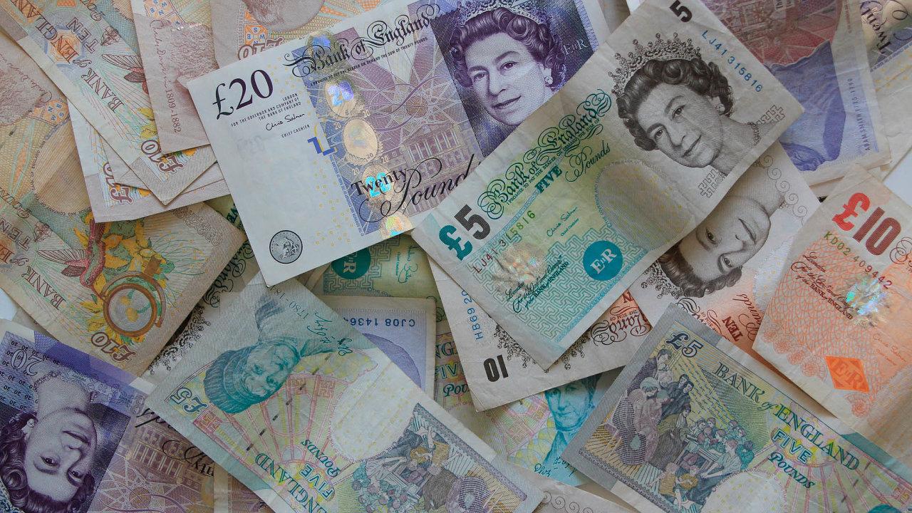 Dění kolem předčasných voleb ve Velké Británii může hýbat kurzem libry - Ilustrační foto.