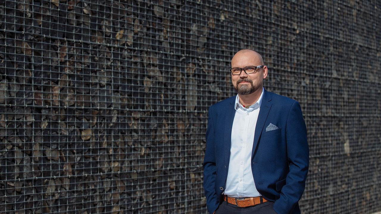 Petr Cinkl se ujal vedení logistické divize České pošty loni v únoru.