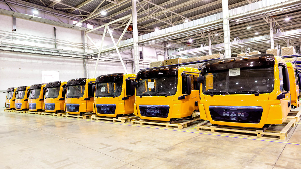 Automobilka, která je součástí německého koncernu Volkswagen, se poslední roky potýká spoklesem poptávky.