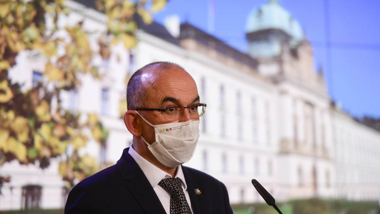 Podle ministra zdravotnictví Jana Blatného by se první dodávky vakcíny do Česka mohly dostat kolem 28. prosince.