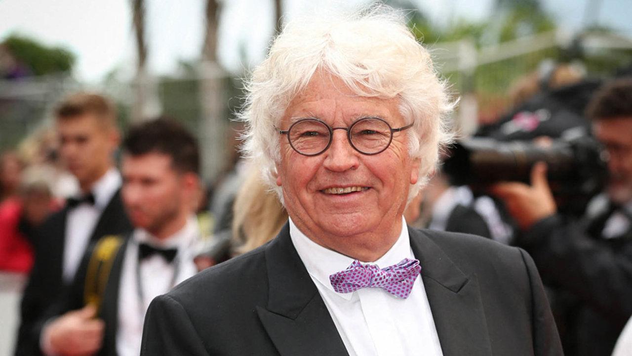 Jean-Jacques Annaud proslul filmy jako Jméno růže, Medvěd, Sedm let v Tibetu nebo Nepřítel před branami.