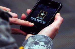 P��t� vojensk� �tok bude nejsp� veden� kyberneticky. Br�nit se chce i �R