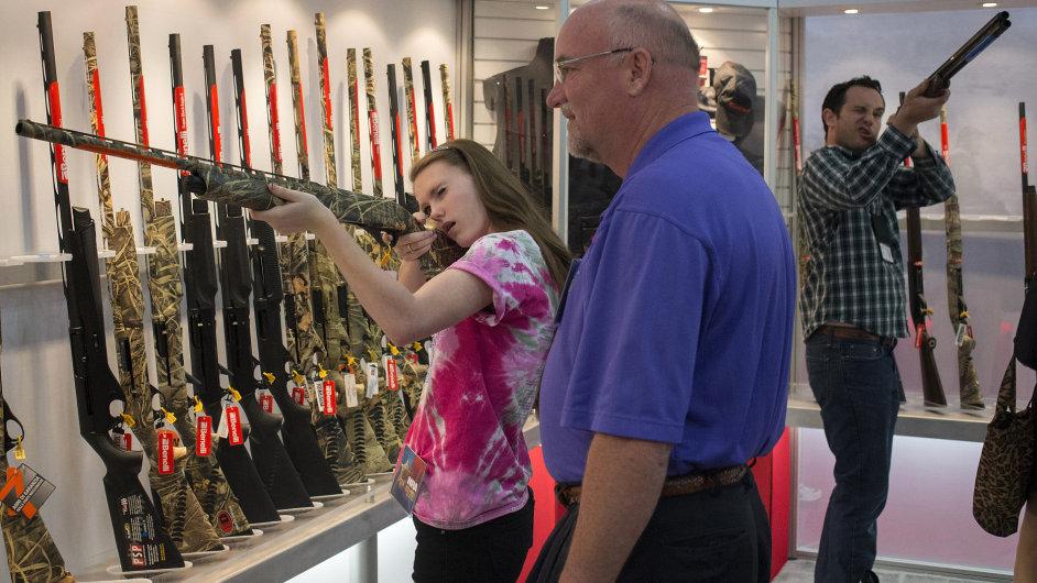 Zbraně pro ženy v USA