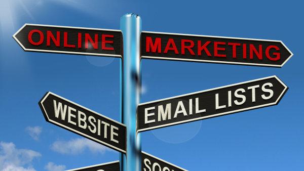 On-line marketing – rozcestník. Ilustrační foto