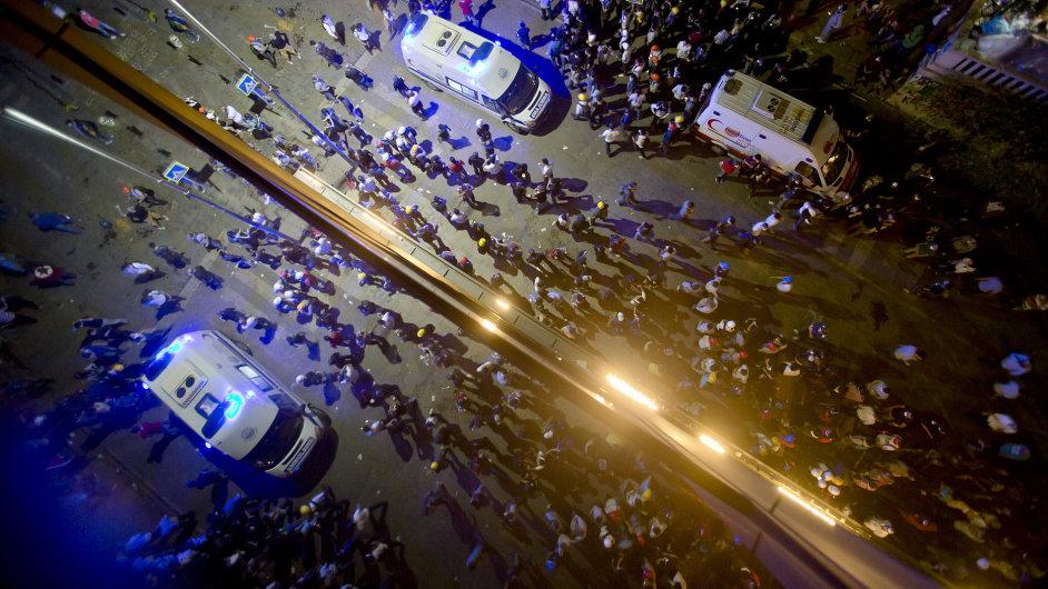V Turecku pokračují protesty.