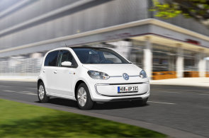 Nejlevnější elektromobil Volkswagen e-Up! bude na apríla v Česku. Za zhruba 600 tisíc