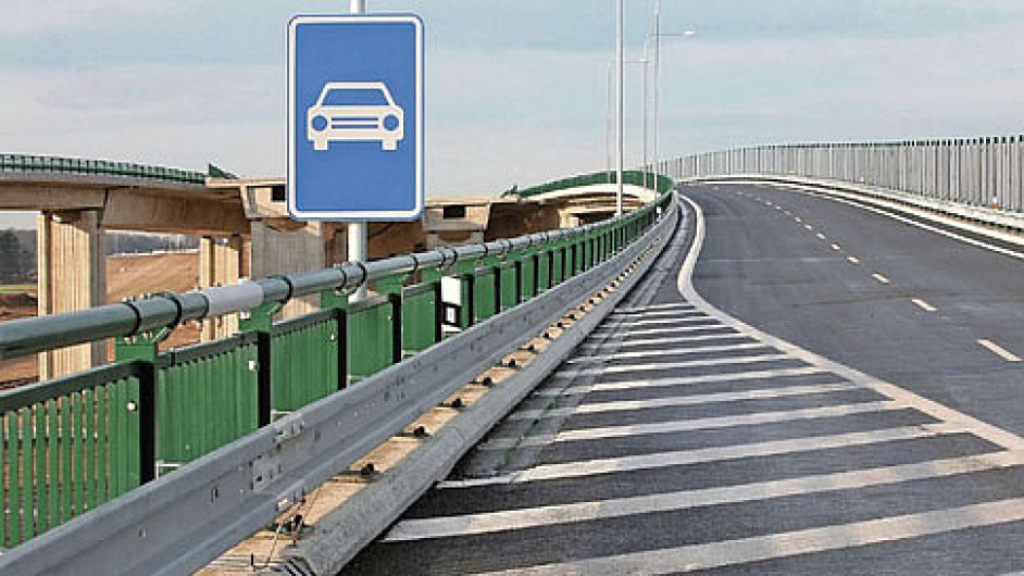 Dopravní projekty v Česku mohou přijít o 40 miliard (ilustrační foto).